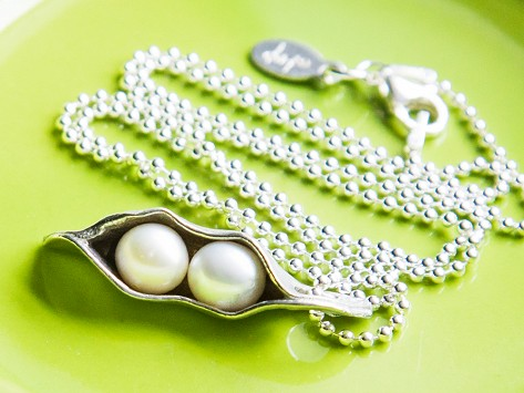 Peas In A Pod Necklace By The Vintage Pearl