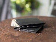 Allett: Thin & Flexible Wallets