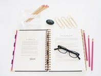 Day Designer: Mindful Strategic Planner
