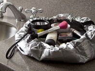 Lay-n-Go Cosmo: Metallic Makeup Case