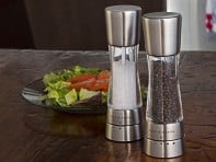 Cole & Mason: Derwent Pepper and Salt Mills