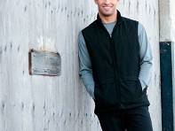 Scottevest Q.U.E.S.T. : Multi-Pocket Tech Apparel For Men