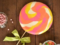 "Brys+Edgewood: ""Lollipop, Lollipop"" Fondant Cake Kit"
