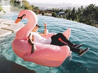 Floatie Kings: Pink Swan Pool Float