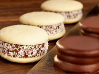 D'Leche: Assorted Alfajor Box - Coconut and Chocolate