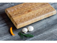 Larch Wood: Endgrain Light Cutting Board