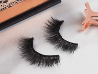 MagiXLash: Magnetic Clip-On Lashes