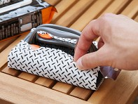 Proud Grill Company: Q-Swiper Grill Scrubber + 3 Grill Cleaning Wipes - Case of 6