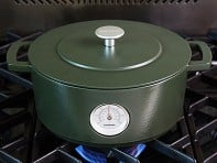 Combekk: Cast Iron Dutch Oven with Thermometer