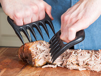 Bear Paw Products: Meat Handler and Shredder - Sample