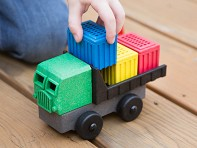 Luke's Toy Factory: EcoTruck Cargo - Sample