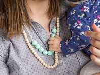 Mama & Little: Deila Silicone Teething Necklace